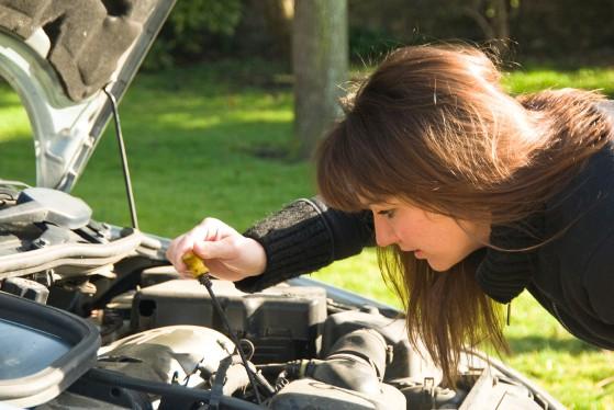 Cum sa-ti repari masina singur